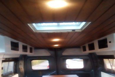 ramen en dakluik camperbus